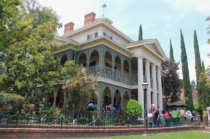 Haunted Mansion, New Orleans Square, Disneyland California